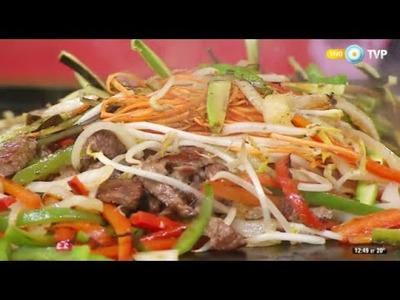 Salteado de carne y vegetales a la chapa
