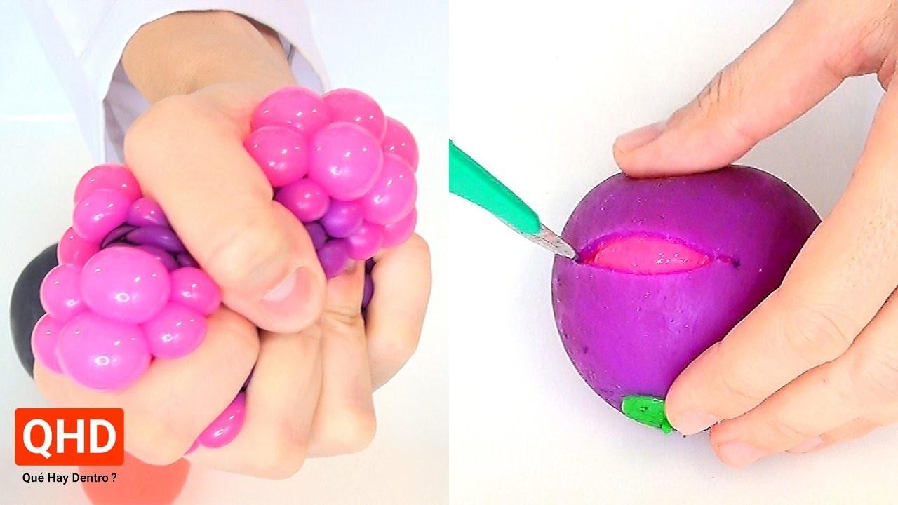 Cortando y abriendo pelotas antiestrés o squishy - Qué Hay Dentro?