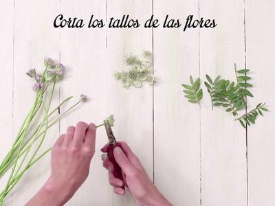 Diadema de Flores para un Peinado Original con Garnier.