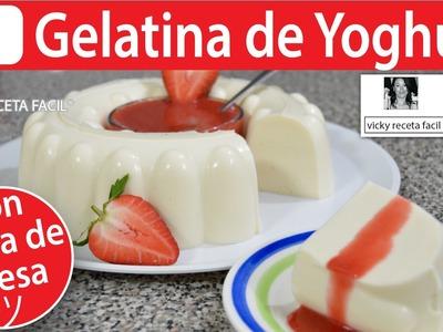 GELATINA DE YOGHURT CON SALSA DE FRESA | Vicky Receta Facil