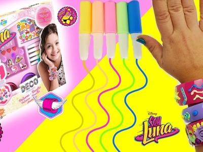 Brazaletes SOY LUNA con emojis y colores