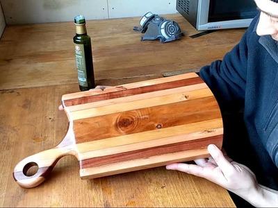 Aplicación de aceite en tabla de picar(madera nativa)