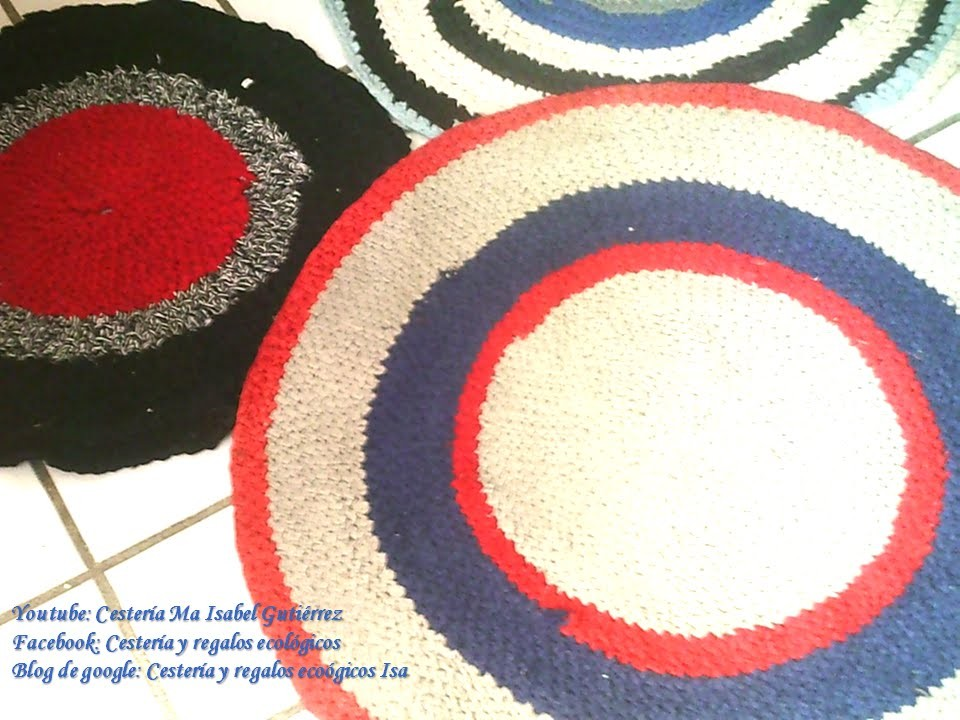 TAPETES HECHOS CON TRAPILLO, Carpets made from old clothes