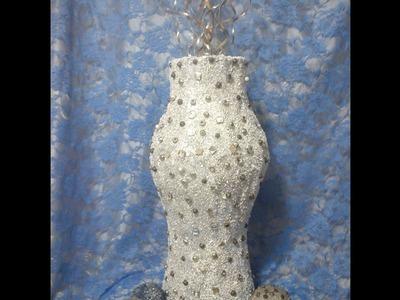 Jarrón hecho de cartón. DIY. Vase made of cardboard