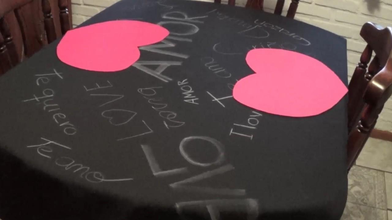 Mantel para la mesa en el día de San Valentín  DIY