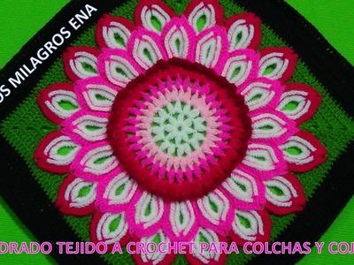 Cuadrado tejido a crochet o ganchillo con flor de 32 pétalos paso a paso para colchas y cojines