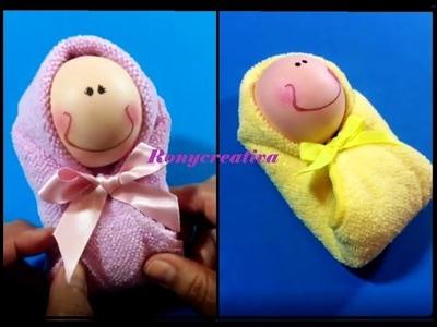 Manualidades faciles BEBE DE TOALLA. Baby Shower Souvenir. Baby Towel DIY
