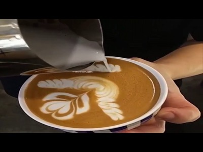 Como Se Hacen Dibujos En Las Tazas De Cafe y Leche.