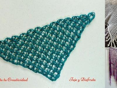Chal o pareo triangular a crochet, en punto o nudo Salomon (espuma de mar).