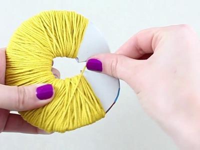 Mis Creaciones de Crochet - Técnica 05 A: Hacer una borla con aros de cartulina