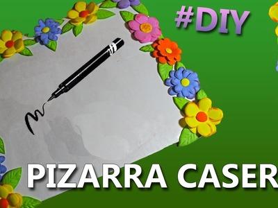 COMO HACER UNA PIZARRA|PIZARRON CASERO CON RECICLAJE | Manualidades con reciclaje