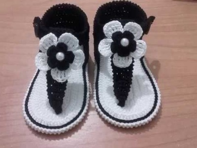 Sandalias de bebe a ganchillo