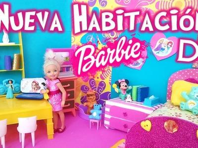 Nueva HABITACION Barbie CHELSEA|Decoramos su DORMITORIO| DIY:Cama y Mesa de Tareas