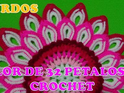 Para ZURDOS Flor de 32 pétalos tejida a crochet paso a paso para centros de mesa