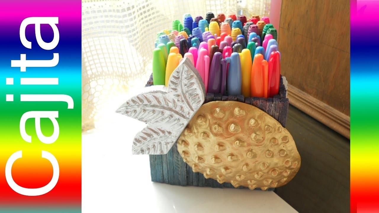 Como hacer Un PORTA COLORES de FRESA How to Make a Colored Pencil Box Shaped Strawberry  Tutorial In