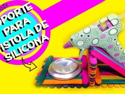 Soporte para Pistola de Silicona ( SUPPORT FOR HOT GLUE GUN WITH POPSICLE STICKS) - DIY | KLOF ????
