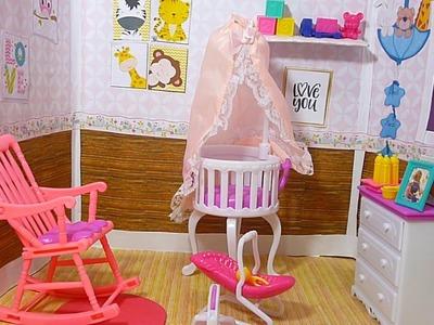 Como hacer la habitacion del bebe de Barbie | manualidades para muñecas