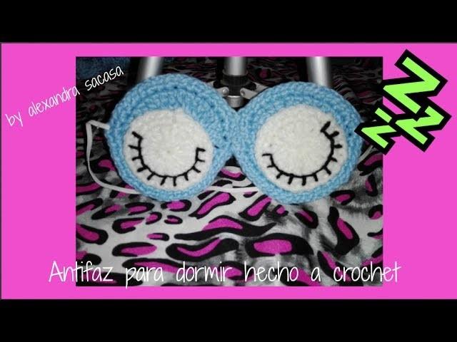 Antifaz o mascara para dormir hecho a crochet by Alexandra Sacasa