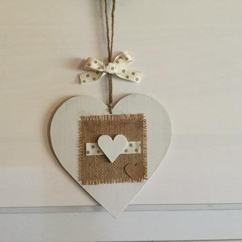 Corazón con corazón. Colgador decorativo
